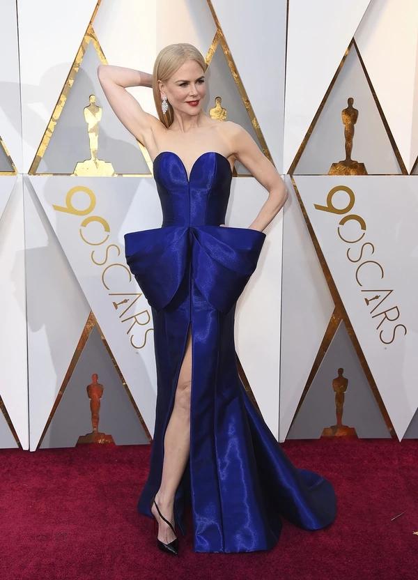 Nicole Kidman Armani Prive